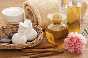Aromatherapy Courses   Aromatherapy School   RCC Massage